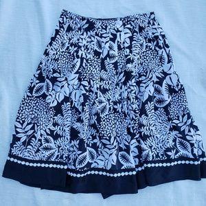 WHBM size 4 skirt (B1)